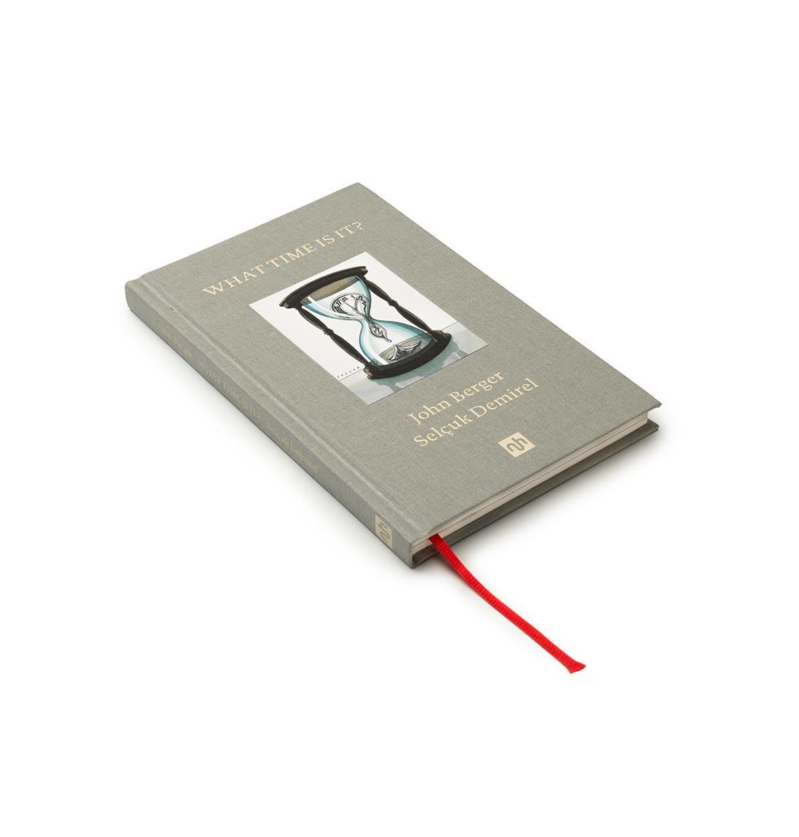 WTII-5-Single-Book-Close-ups